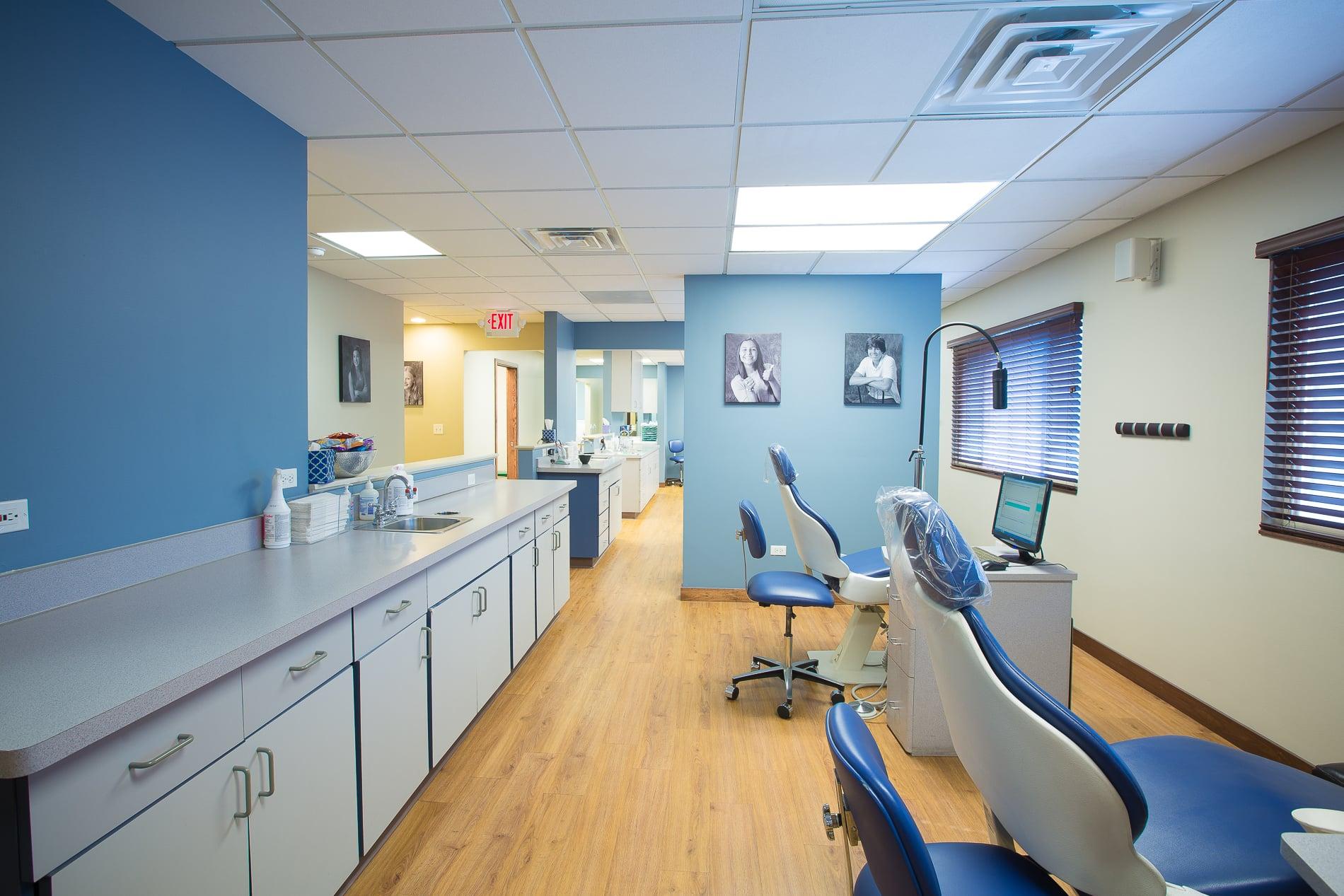 Nudera-Orthodontics-Elmwood-Spring-IL-Braces-in-Chicago-2